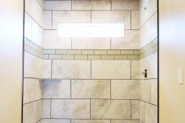 tubs-tile-surrounding